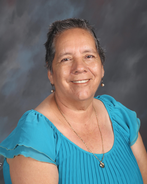 Eva Vazquez Noon Supervisor